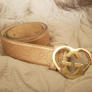 GUCCI belt with gold heart shaped buckle